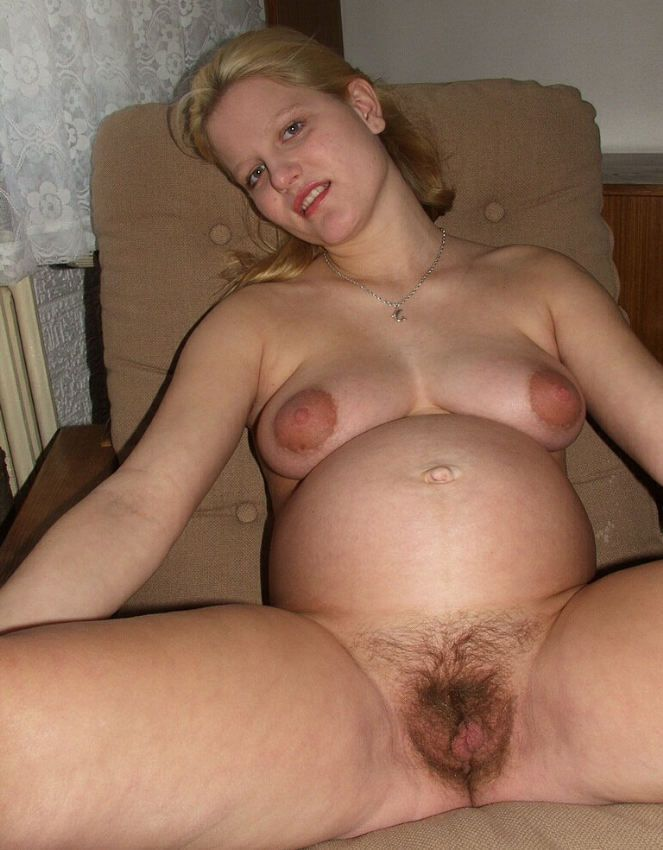 Pregnant nude vagina boobs